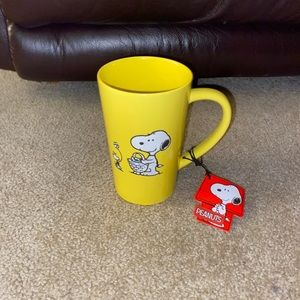 Brand new Peanuts mug